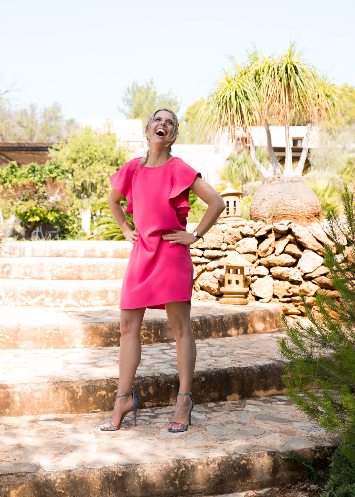 Relinde Moors in Hot Pink Dress. Integrative Business & Energy Strategist Relinde Moors