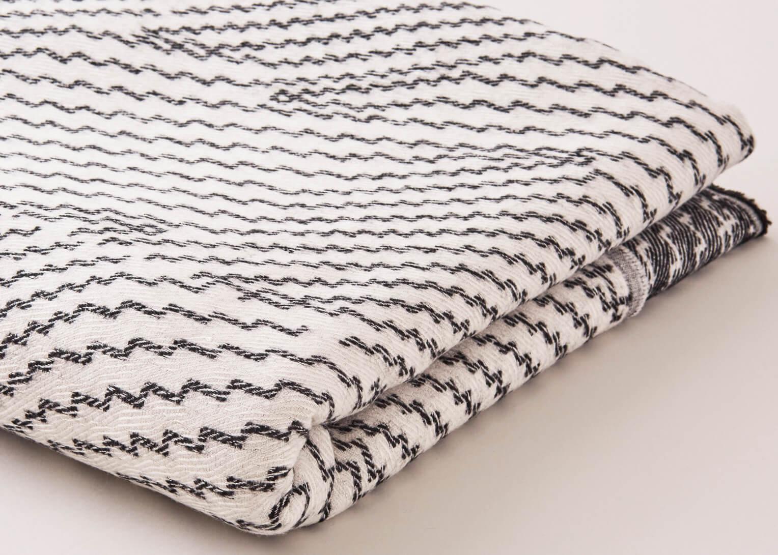 Beatrice Larkin Step Throw - Light version of this pattern